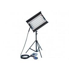 Осветительный прибор FILMGEAR Flo на 4 лампы 2ft с внешним балластом